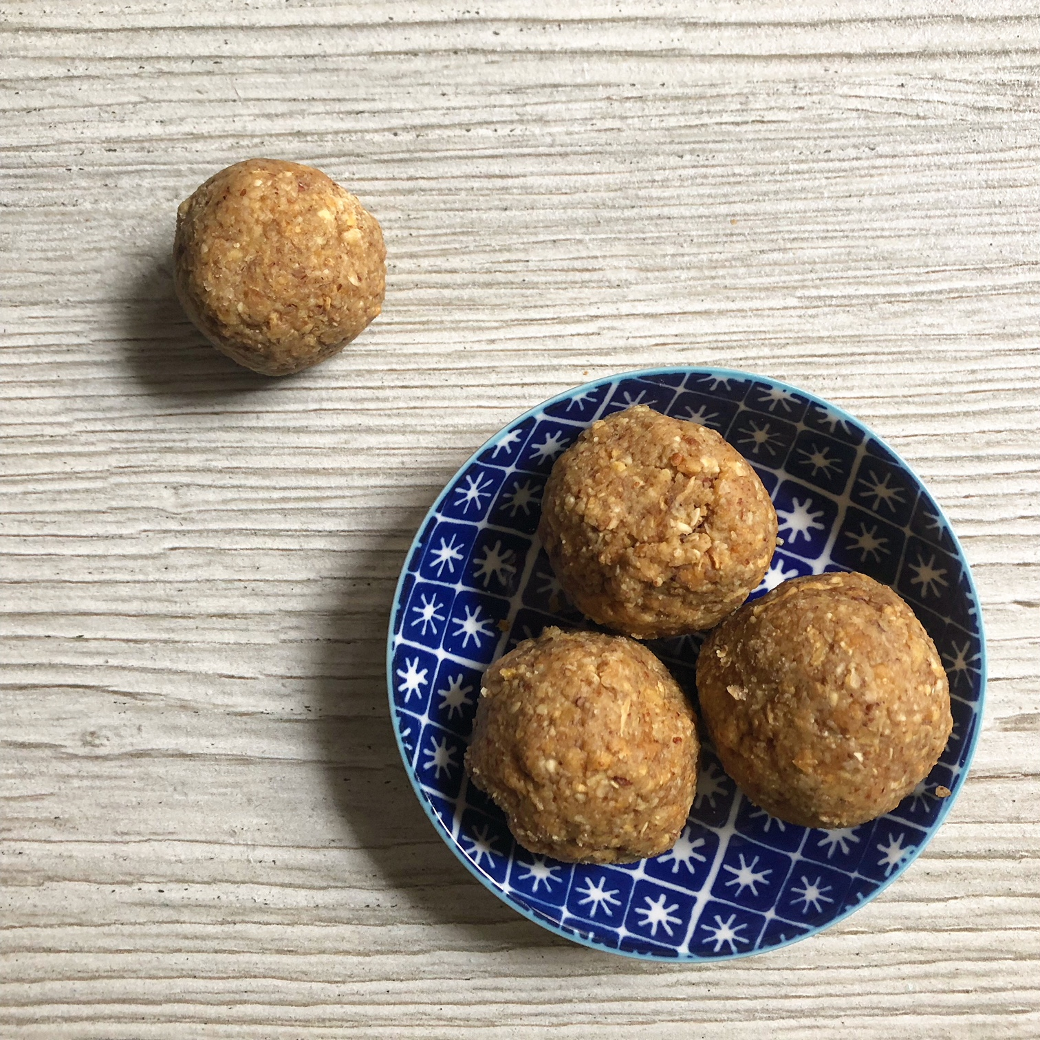 Pineapple and Ginger Energy Balls